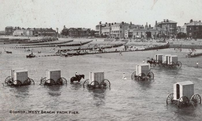 It's Hard To Believe That These Bathing Machines Used To Sit At The Beach (8 pics)
