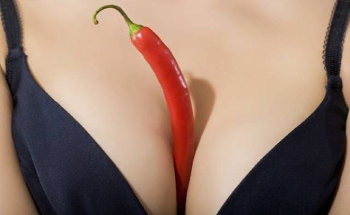 Babes Who Used Their Boobs For An Unexpected Purpose (44 pics)