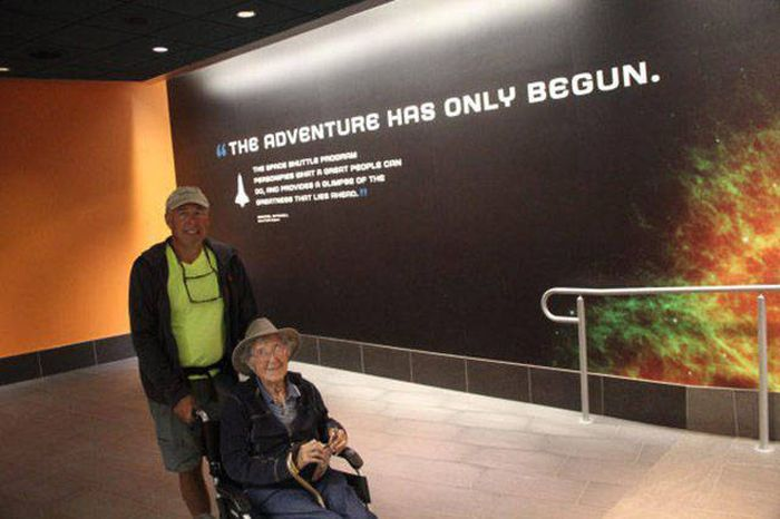 90 Year Woman Goes On An Epic Trip After Being Diagnosed With Cancer (30 pics)