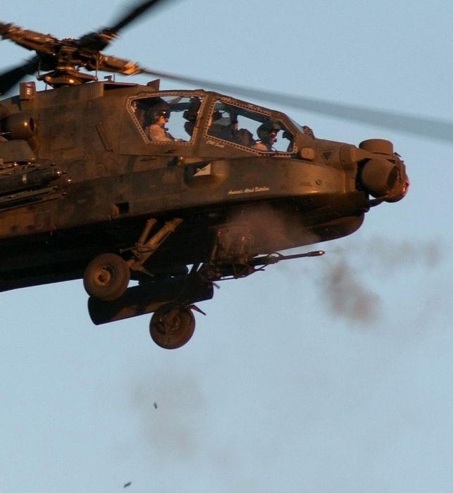 AH-64 Apache (35 pics)