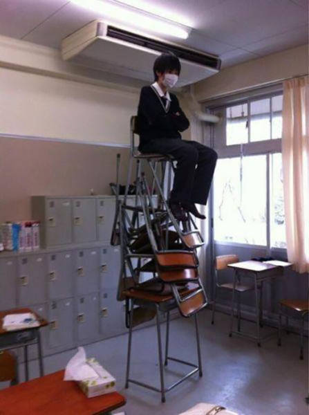 Unusual Occurrences That Could Only Happen In Japan (42 pics)