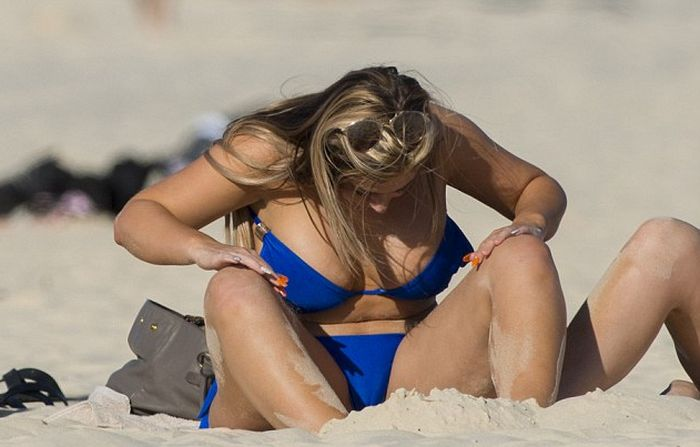 Geordie Shore Star Holly Hagan Hits The Beach In A Bikini (8 pics)