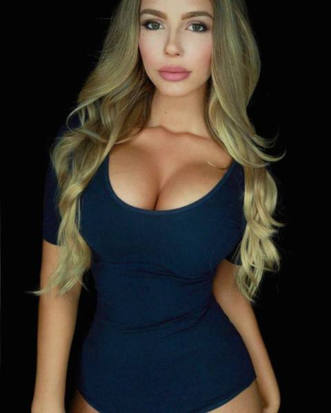 Beautiful Busty Babes Are The Sweetest Kind Of Eye Candy (54 pics)
