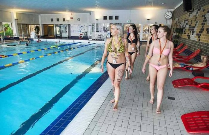 The Groping Guard Are Making It Safe For Women To Swim In Sweden (13 pics)