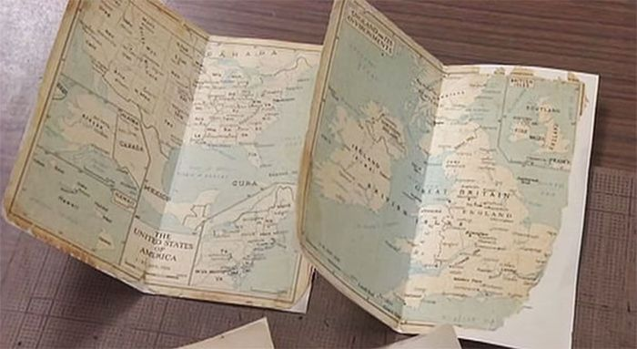 Japanese Man Takes Old Books And Makes Them New Again (14 pics)