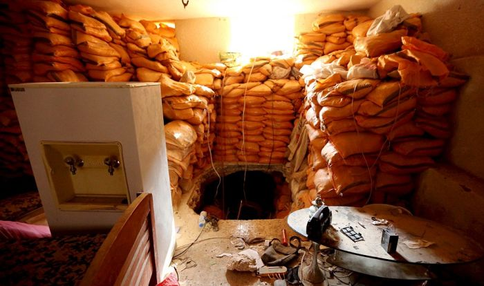 A Look Inside The Secret Underground Isis Tunnels In Iraq (7 pics)
