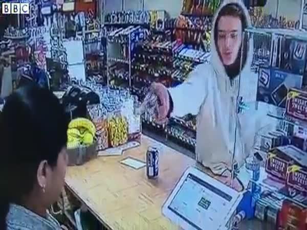 Woman Vs Robber
