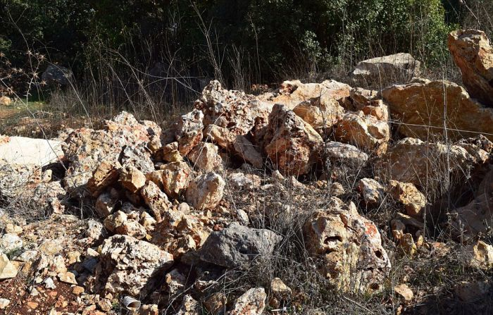 Can You Figure Out Which One Of These Rocks Is Actually A Bomb? (15 pics)