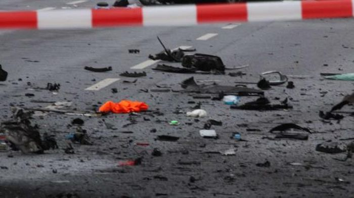 Car Bomb Explosion Claims The Life Of A Man In Berlin (6 pics)