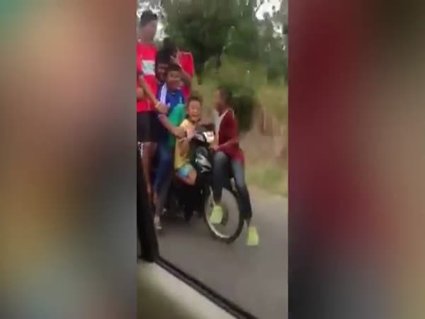 Seven Children Hitch A Ride On One Motorbike