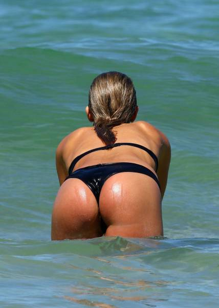 Beautiful Butt Shots That Will Bring Joy To Your Heart (50 pics)