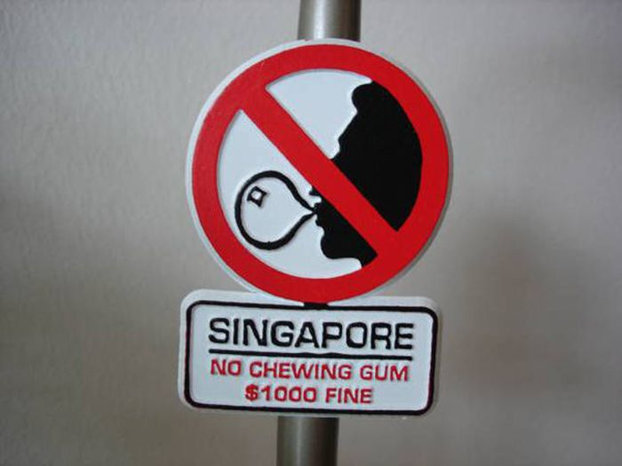 These Are The Strangest International Laws On Earth (20 pics)