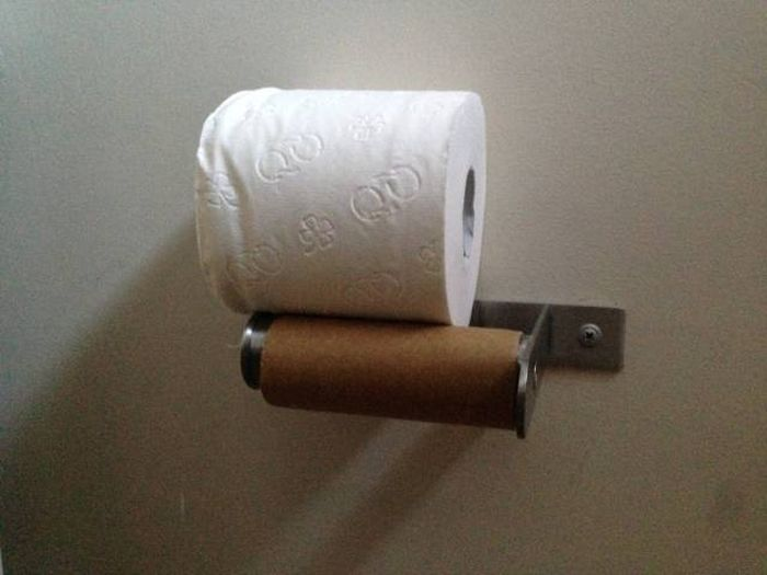 It's Impossible To Look At These Things And Not Get Irritated (39 pics)