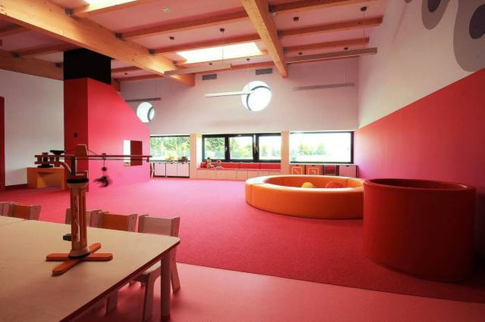 A Studio In Poland Designed A Unique Looking Modern Kindergarten (19 pics)