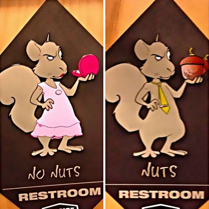 The World's Most Creative And Awesome Toilet Signs (49 pics)