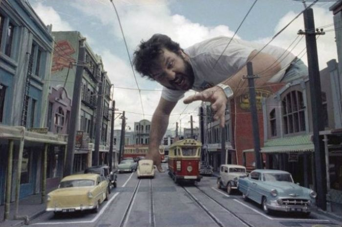 A Behind The Scenes Look At Some Of Hollywood's Most Iconic Miniature Sets (24 pics)