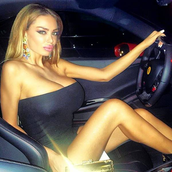 A Former PlayboyPlaymate Is Getting Into The Politics (37 pics)