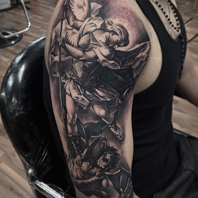 Cuando el tatuaje se convierte en arte...(Grandes tatuadores) - Página 9 Fred_flores_01