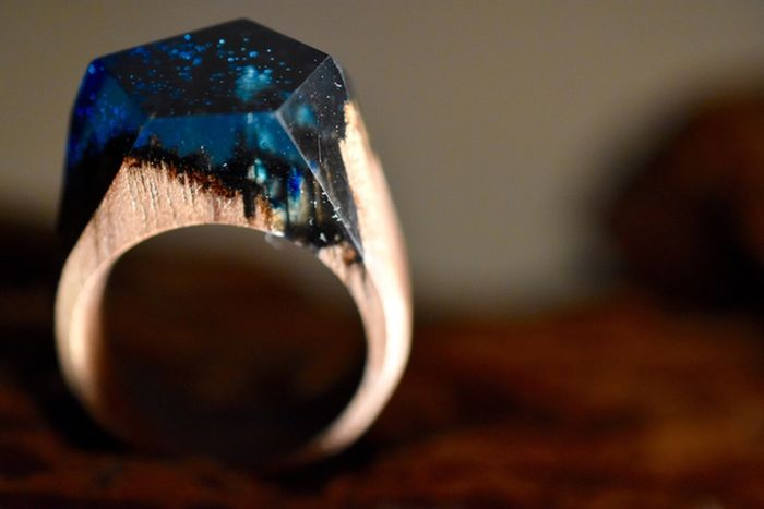 This Unique Wooden Ring Is Unlike Anything You've Ever Seen (3 pics)