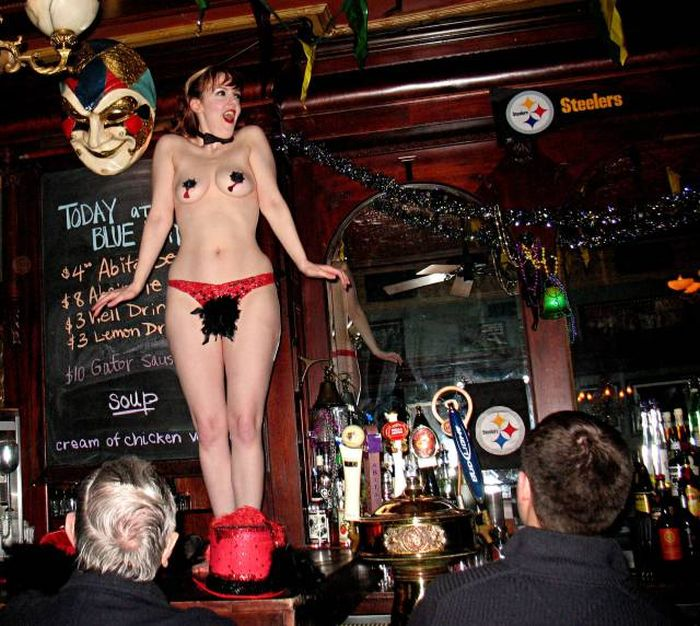 Sexy Photos From Wild Strip Clubs And Hot Parties That Will Drive You Crazy (52 pics)