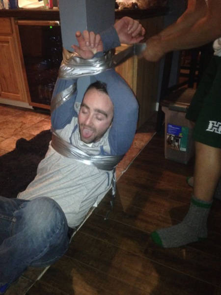 Things Always Get Weird When You Add Alcohol Into The Mix (46 pics)