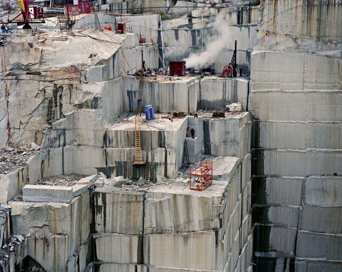 Marble Deposits Are Simple But Awe Inspiring (11 pics)