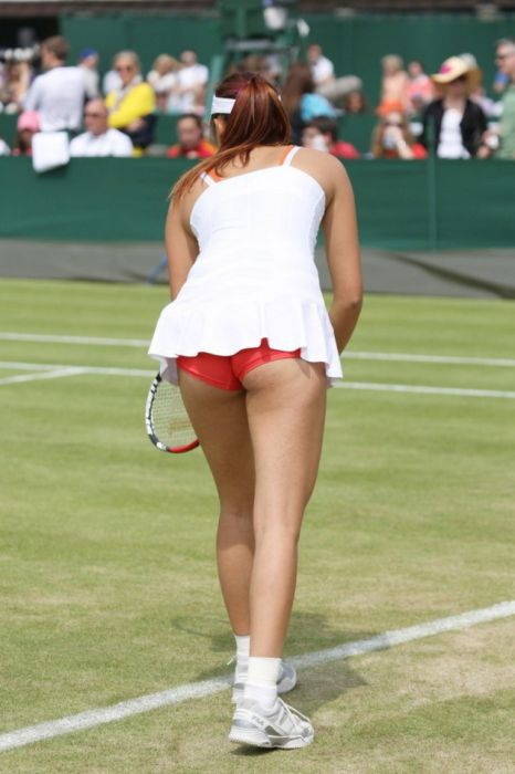 Sexy Action Shots Of Some Of The World's Hottest Female Athletes (34 pics)