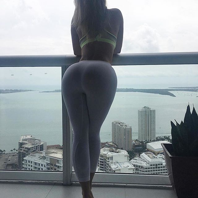 Anastasiya Kvitko Is Being Called The Russian Kim Kardashian (35 pics)