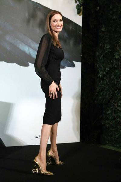 People Are Becoming Very Concerned About Angelina Jolie's Health (19 pics)