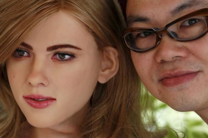 Hong Kong Man Builds Humanoid Robot That Looks Like Scarlett Johansson (16 pics + video)
