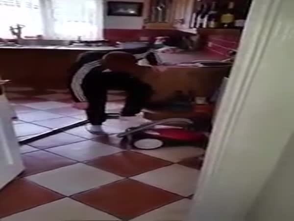 Irish Dad Gives Soninstructions On How To Turn On The Hoover