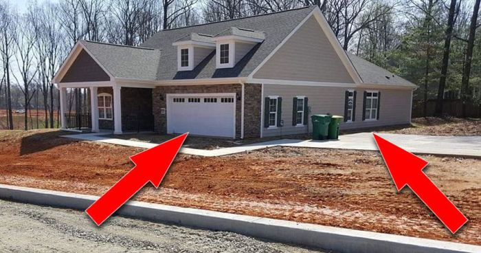 The Internet Is Battling Over This House's Major Design Flaw (2 pics)