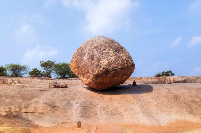 This Rock Does Not Like To Roll (8 pics)