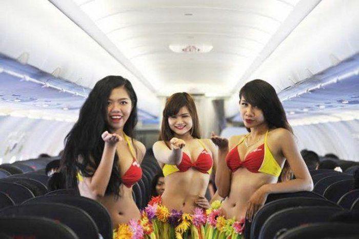 Vietnam's Bikini Airline Is Making Some Serious Bank (12 pics)