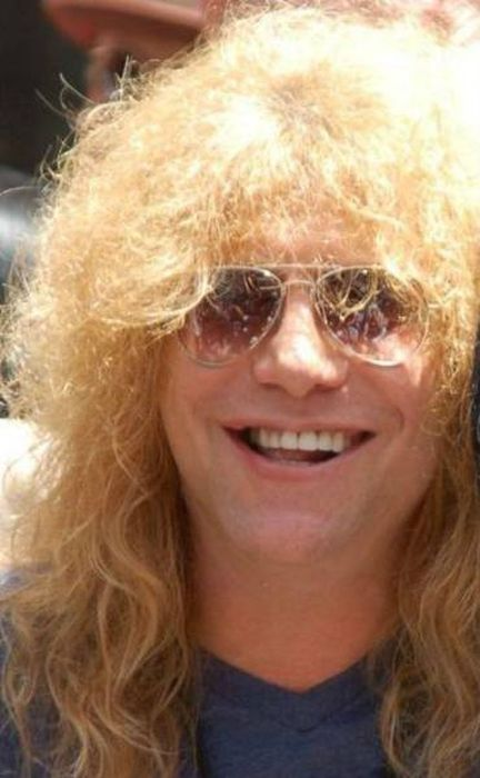 Interesting Facts About The Infamous And Iconic Rock Band Guns N' Roses (25 pics)