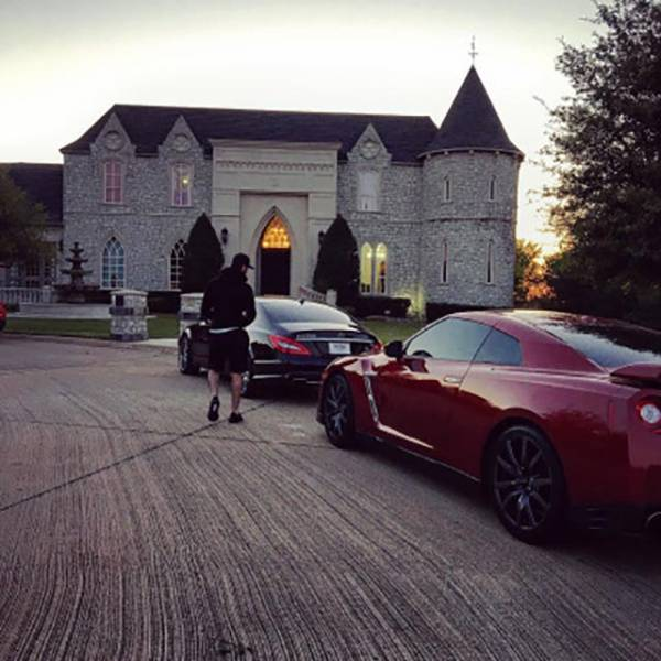 Rich Kids Who Have No Problem Carelessly Spending Their Parents' Money (41 pics)