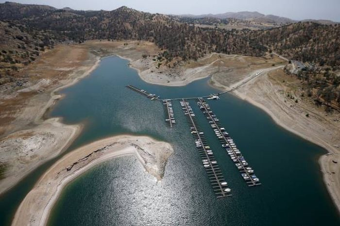 Experts Are Saying California Is Experiencing Its Worst Drought In 1,200 Years (21 pics)