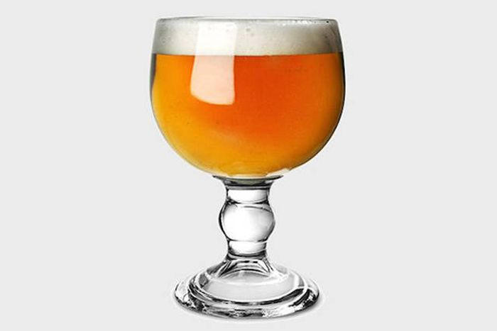 Important Information About How Glassware Changes The Flavor Of Your Beer (10 pics)