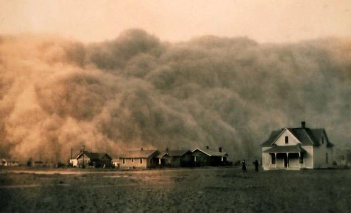 Awesome Looking Natural Phenomena That Also Poses A Deadly Threat To Humans (24 pics)