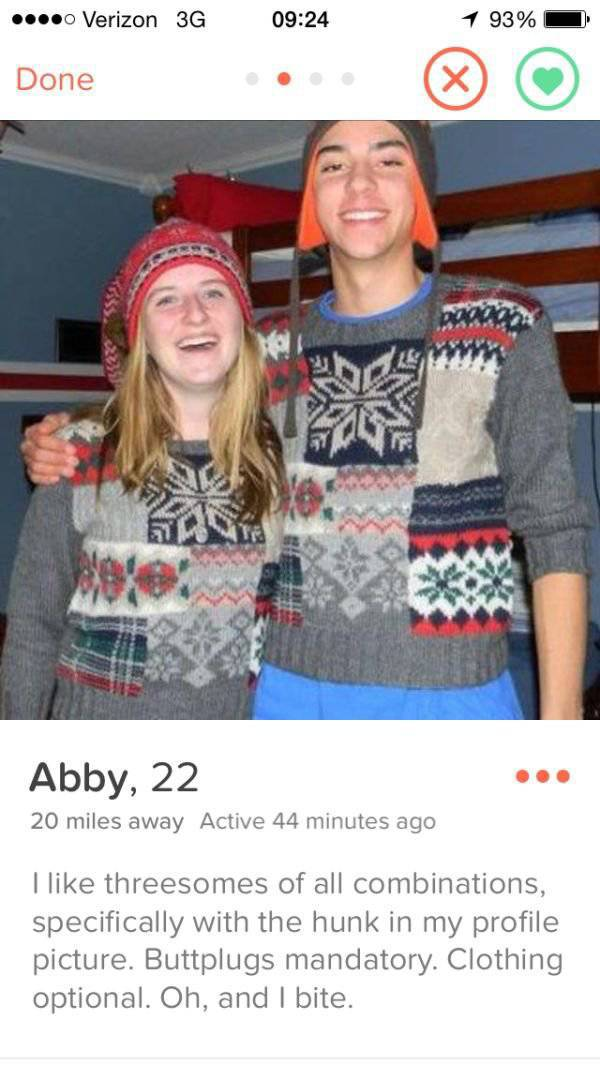 These Girls Are Definitely Not Messing Around With Their Tinder Profiles (28 pics)