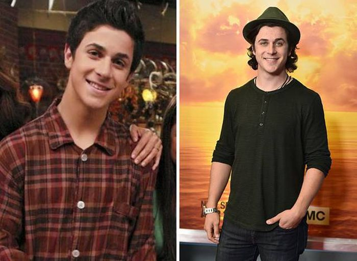See What The Disney Stars Of The '00s Look Like Now That They're All Grown Up (21 pics)