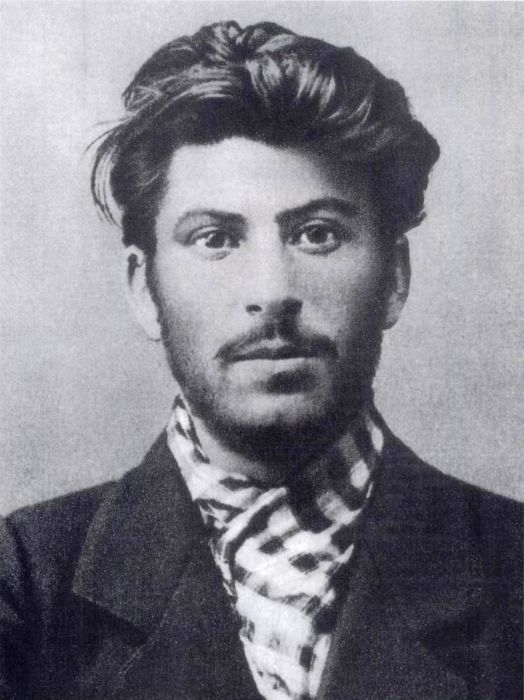 Early Photos Of Famous Historical Figures (21 pics)