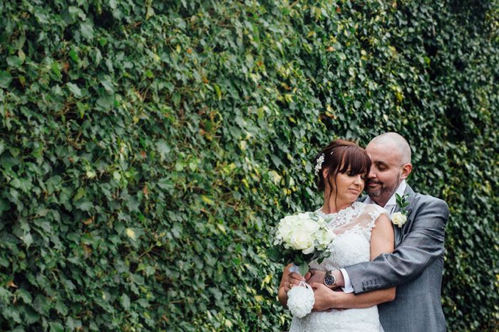 Bride Supports Her Terminally Ill Groom By Shaving Her Head At Their Wedding (11 pics)