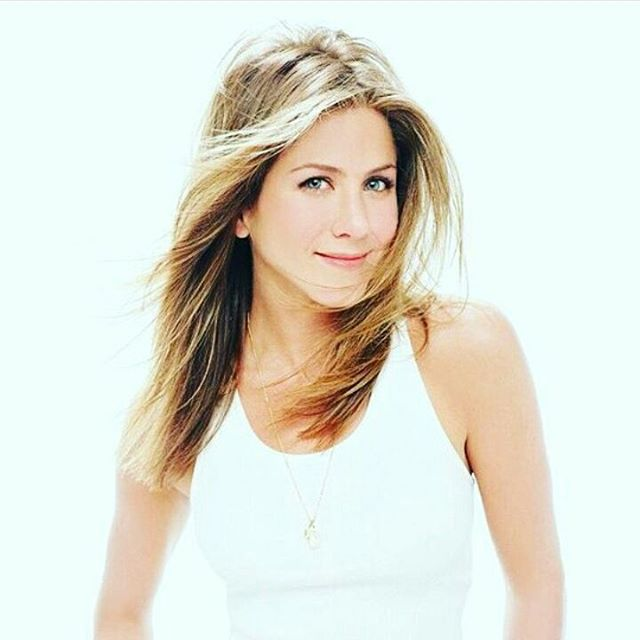 People Magazine Has Declared That Jennifer Aniston Is 2016's Most Beautiful Woman (18 pics)