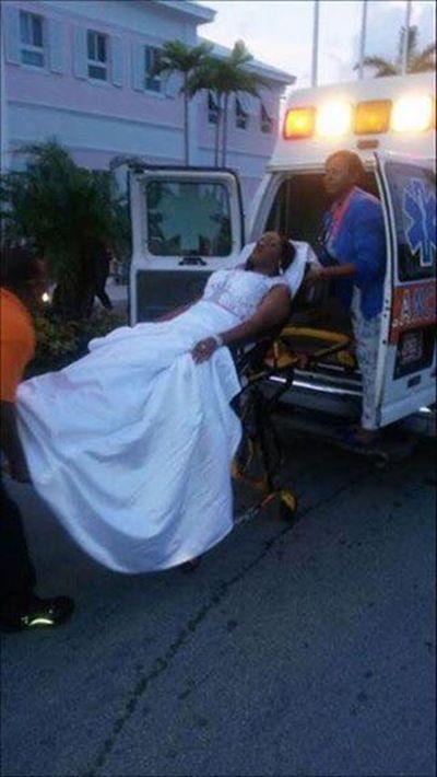 Girl Uses An Ambulance To Make A Dramatic Entrance At Prom (3 pics)