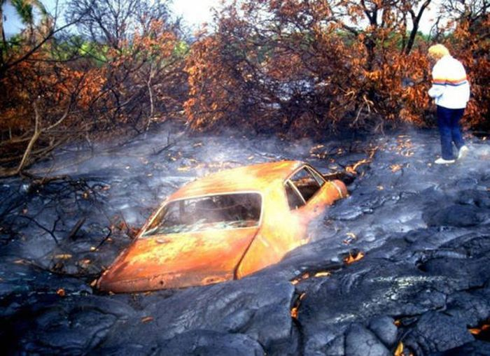 Car Wrecks And Driving Fails That Will Inspire You To Stay Off The Road (43 pics)