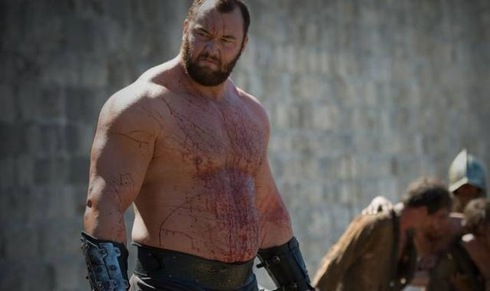 You Won't Believe How Much The Mountain From Game Of Thrones Eats In A Single Day (9 pics)