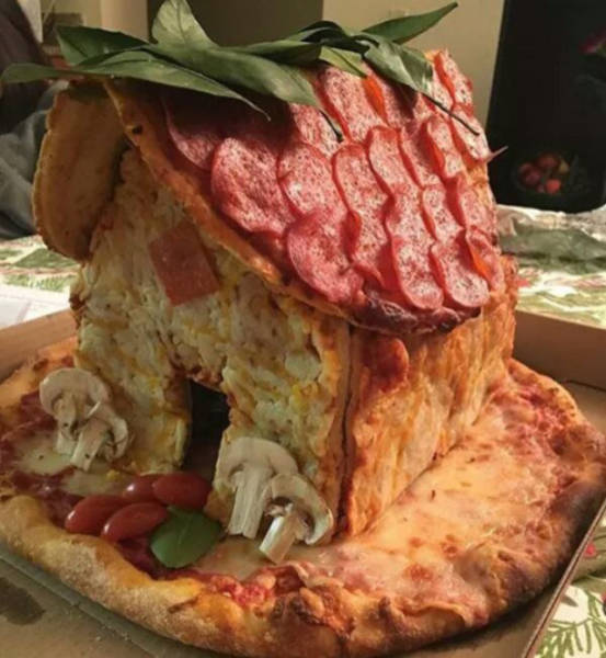 Sometimes Playing With Your Food Can Be More Fun Than Eating It (33 pics)