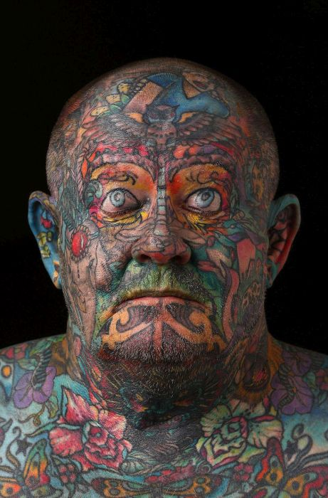 Gangster Covers Every Single Inch Of His Body In Tattoos (16 pics)