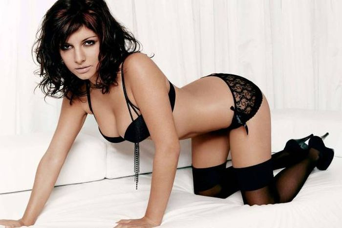 These Luscious Women In Lingerie Are Too Hot To Handle (51 pics)